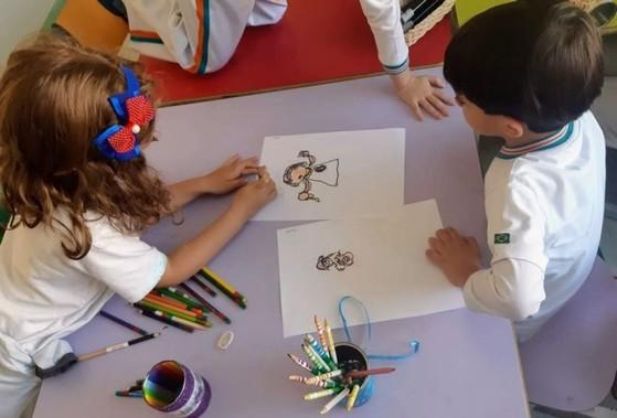 Pré Escolas Infantis Jardim Guanabara - Pré Escola com Inglês